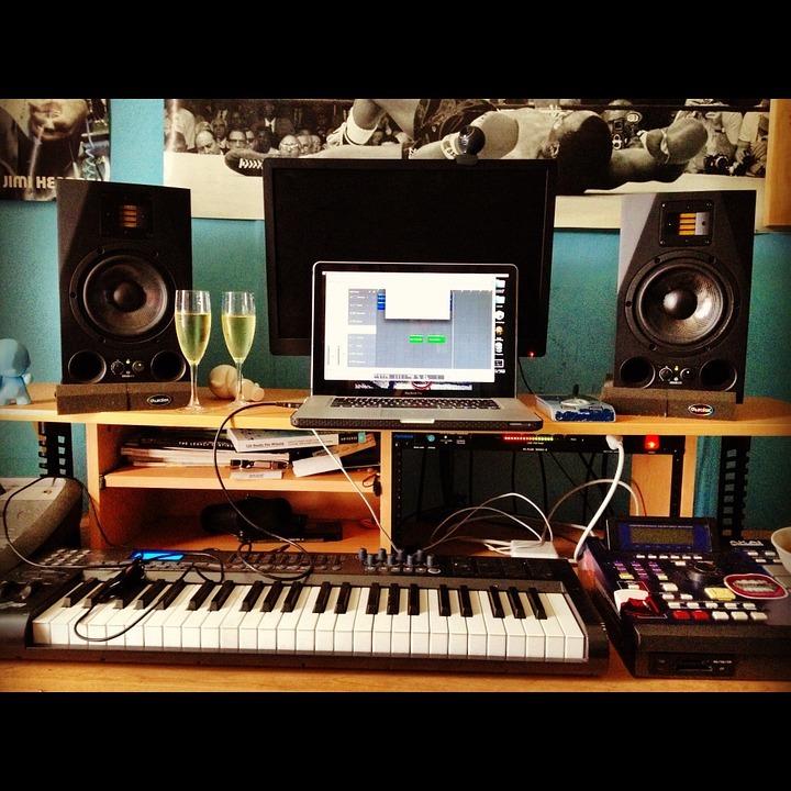 Top 10 Home Studio Essentials For Beginners