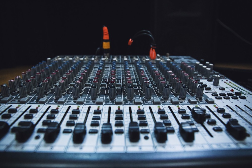 15 Essential Mixing Tips for Better Mixes Today