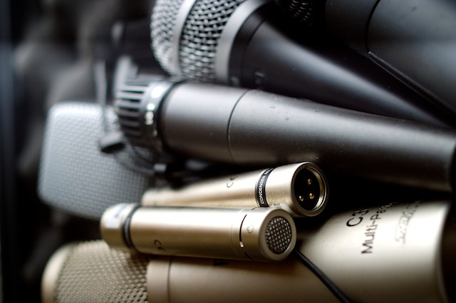 The Different Kinds of Microphones and Their Applications
