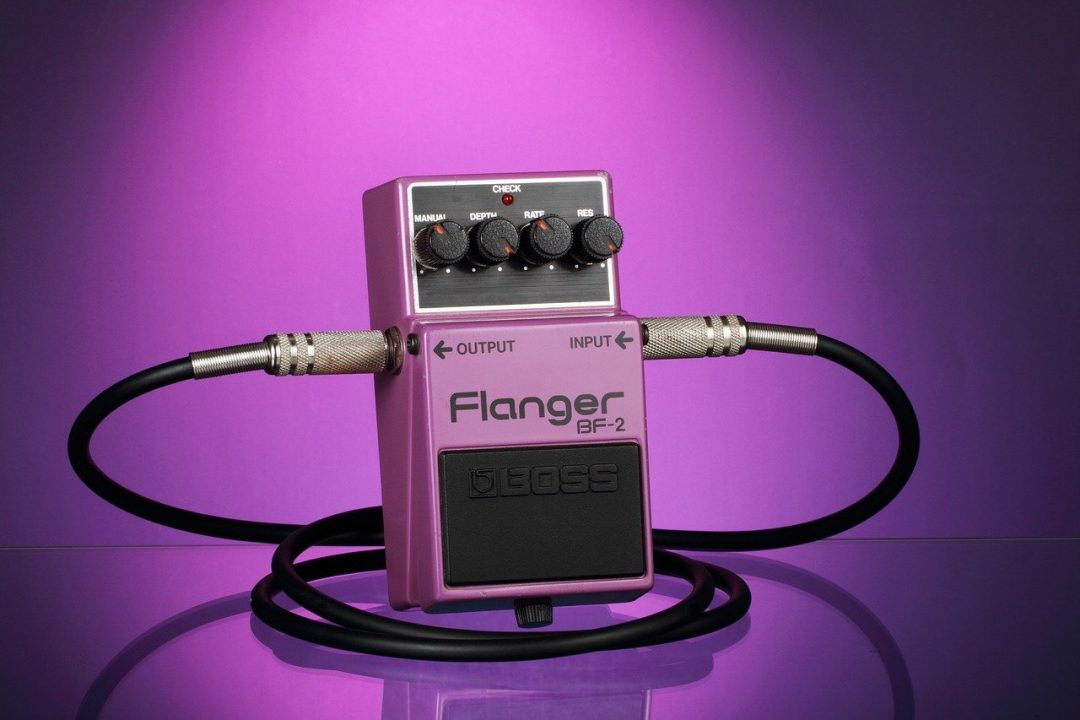 Flanger vs. Phaser- What's the Difference?