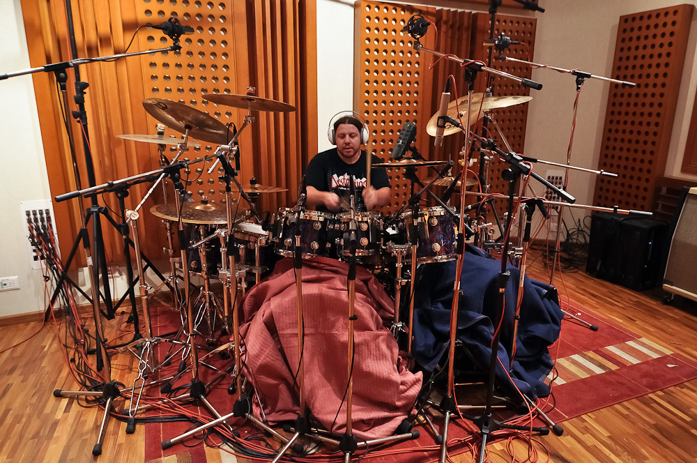 How to Record Drums at Home in 5 Easy Steps